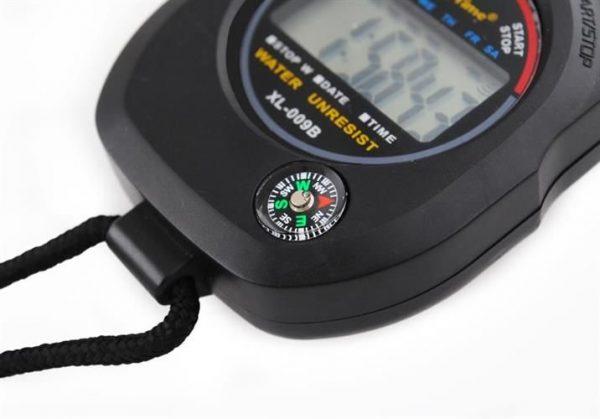 Digitálne stopky s kompasom